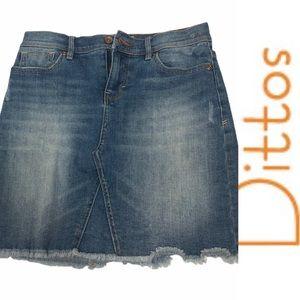 Dittos Denim Skirt with Frayed Hem Size 25